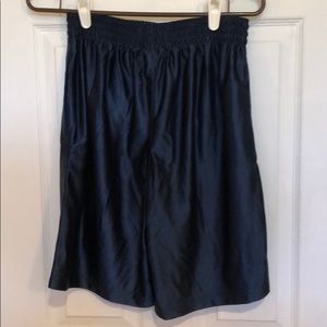 Men's medium dazzle navy blue basketball shorts